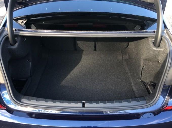 2020 BMW XDrive M Sport Pro Edition Saloon (Blue) - Image: 13