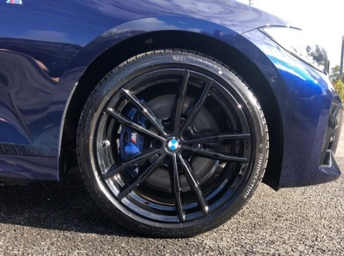 2020 BMW XDrive M Sport Pro Edition Saloon (Blue) - Image: 14
