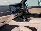 2020 BMW XDrive40d M Sport - Image: 6