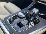 2020 BMW XDrive40d M Sport - Image: 10