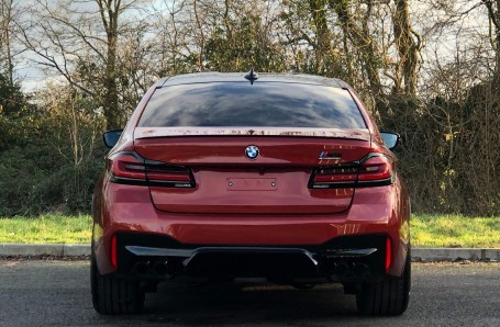 2021 BMW 4.4i V8 Competition Steptronic xDrive 4-door (Red) - Image: 15
