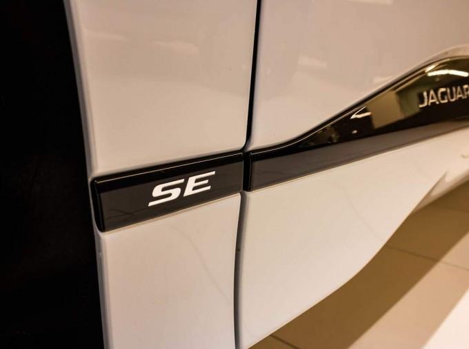 2020 Jaguar 90kWh SE Auto 4WD 5-door (White) - Image: 20