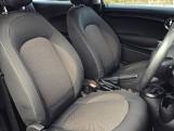 2018 MINI Cooper 3-door Hatch (Red) - Image: 11