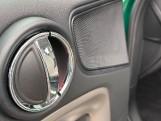2019 MINI Cooper S E Exclusive (Green) - Image: 38