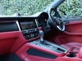2020 Porsche PDK 4WD 5-door (Black) - Image: 3