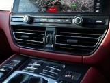 2020 Porsche PDK 4WD 5-door (Black) - Image: 11