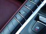 2020 Porsche PDK 4WD 5-door (Black) - Image: 13