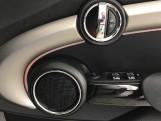 2020 MINI 5-door Cooper Exclusive (Silver) - Image: 20