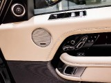 2021 Land Rover D350 MHEV Vogue SE Auto 4WD 5-door (Green) - Image: 12