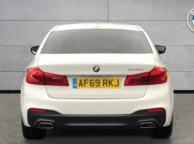 2019 BMW 520d M Sport Saloon (White) - Image: 15