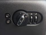 2017 MINI 5-door Cooper (Grey) - Image: 16