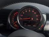 2020 MINI 5-door Cooper S Exclusive (Black) - Image: 23