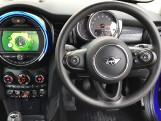 2020 MINI 3-door Cooper Classic (Blue) - Image: 5