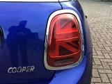 2020 MINI 3-door Cooper Classic (Blue) - Image: 21