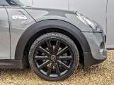2018 MINI Cooper S 3-door Hatch (Grey) - Image: 4