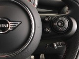 2020 MINI 3-door Cooper Sport (Grey) - Image: 18