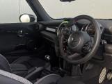 2020 MINI 3-door Cooper Sport (Grey) - Image: 28