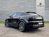 2019 Porsche Turbo 5-door Tiptronic S [5 Seat] (Black) - Image: 2