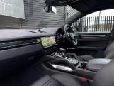 2019 Porsche Turbo 5-door Tiptronic S [5 Seat] (Black) - Image: 4