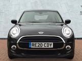 2020 MINI 5-door Cooper Classic (Black) - Image: 16