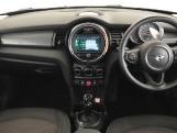 2020 MINI 5-door Cooper Classic (Black) - Image: 4
