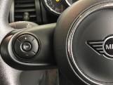 2020 MINI 5-door Cooper Classic (Black) - Image: 17