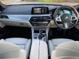 2019 BMW 530i M Sport Touring (Blue) - Image: 4
