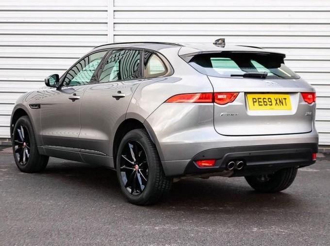 2019 Jaguar Chequered Flag Auto 5-door (Grey) - Image: 2
