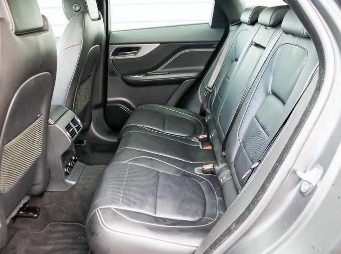 2019 Jaguar Chequered Flag Auto 5-door (Grey) - Image: 4