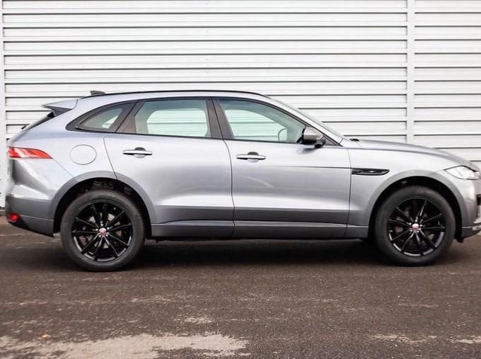 2019 Jaguar Chequered Flag Auto 5-door (Grey) - Image: 5