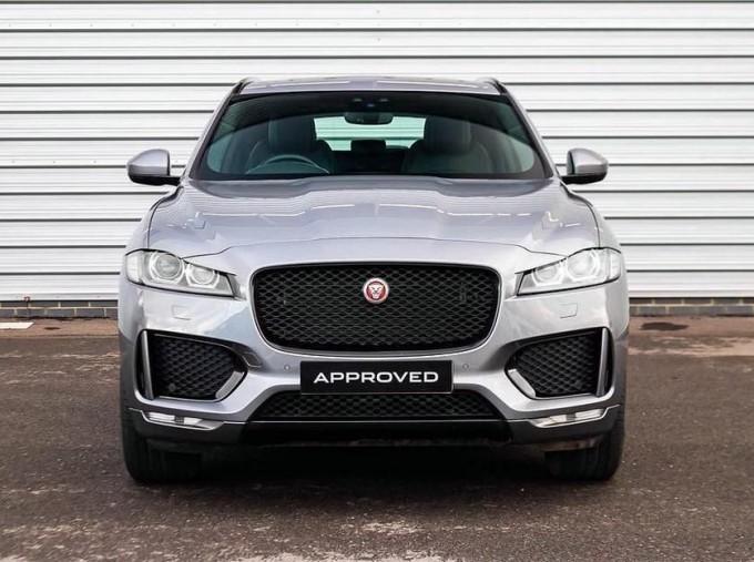 2019 Jaguar Chequered Flag Auto 5-door (Grey) - Image: 7