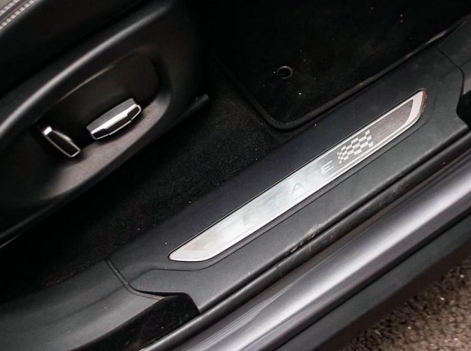 2019 Jaguar Chequered Flag Auto 5-door (Grey) - Image: 14