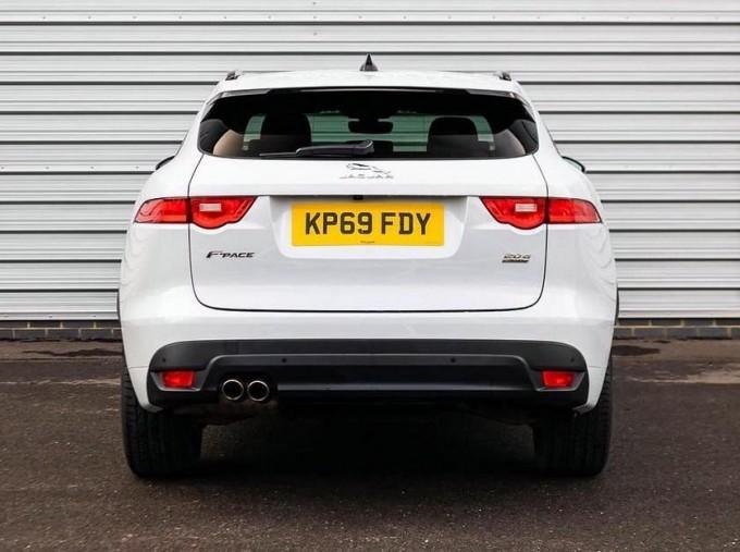 2019 Jaguar Chequered Flag Auto 5-door (White) - Image: 6