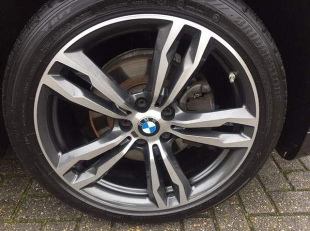 2017 BMW XDrive18d M Sport (Grey) - Image: 13