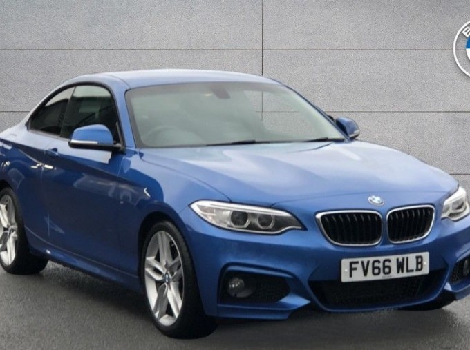 2016 BMW M Sport Coupe (Blue) - Image: 1