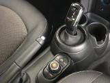 2020 MINI 5-door Cooper Classic (Black) - Image: 10