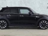 2020 MINI 5-door Cooper Exclusive (Black) - Image: 3