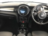 2020 MINI 5-door Cooper Exclusive (Black) - Image: 4