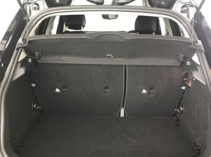 2020 MINI 5-door Cooper Exclusive (Black) - Image: 13