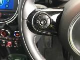 2020 MINI 5-door Cooper Exclusive (Black) - Image: 17