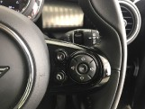 2020 MINI 5-door Cooper Exclusive (Black) - Image: 18