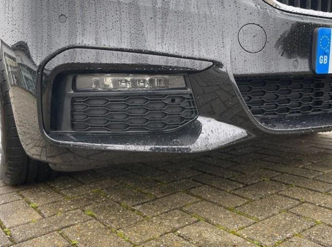 2020 BMW 520i M Sport Saloon (Black) - Image: 29
