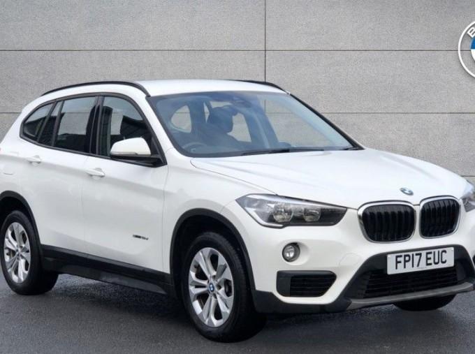 2017 BMW SDrive18d SE (White) - Image: 1