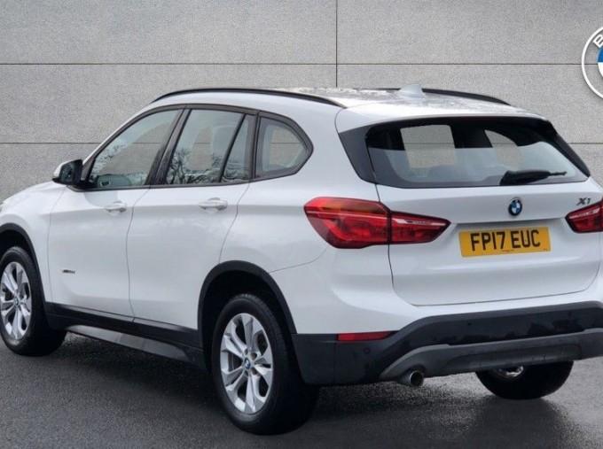 2017 BMW SDrive18d SE (White) - Image: 2
