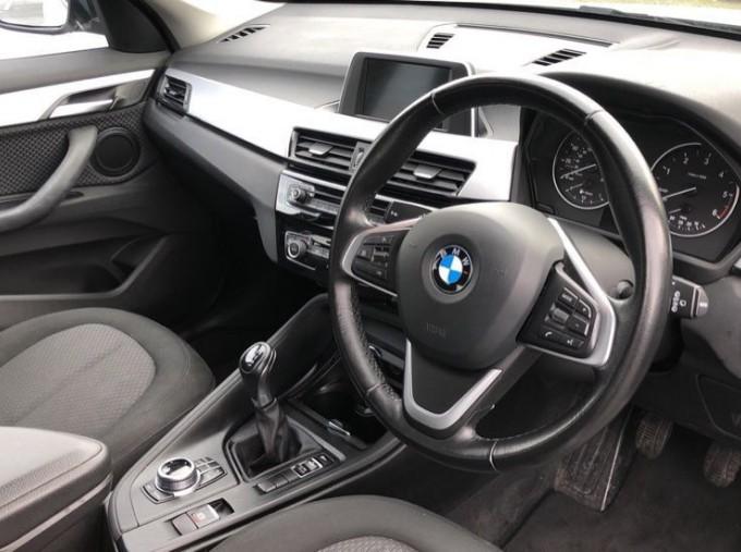 2017 BMW SDrive18d SE (White) - Image: 6