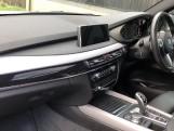 2018 BMW XDrive40d M Sport (White) - Image: 7