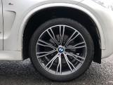 2018 BMW XDrive40d M Sport (White) - Image: 14
