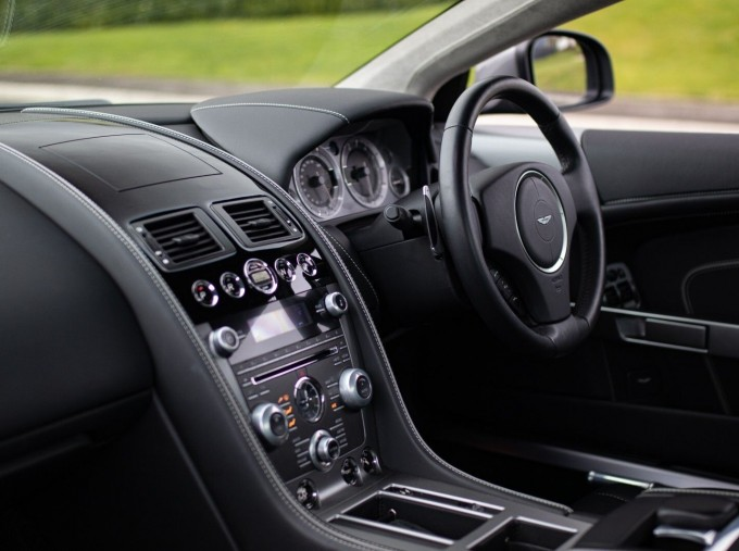 2012 Aston Martin V12 Touchtronic 2-door (Silver) - Image: 5