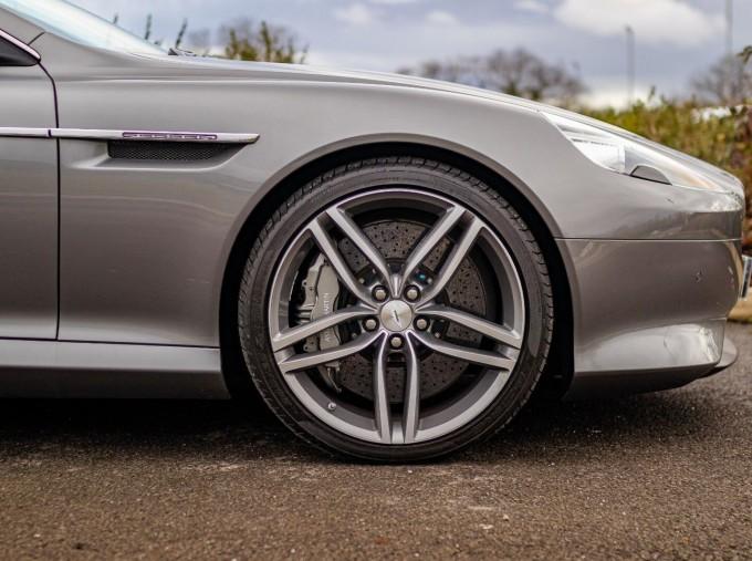 2012 Aston Martin V12 Touchtronic 2-door (Silver) - Image: 16