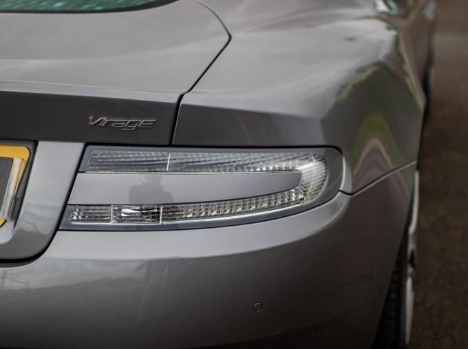 2012 Aston Martin V12 Touchtronic 2-door (Silver) - Image: 21